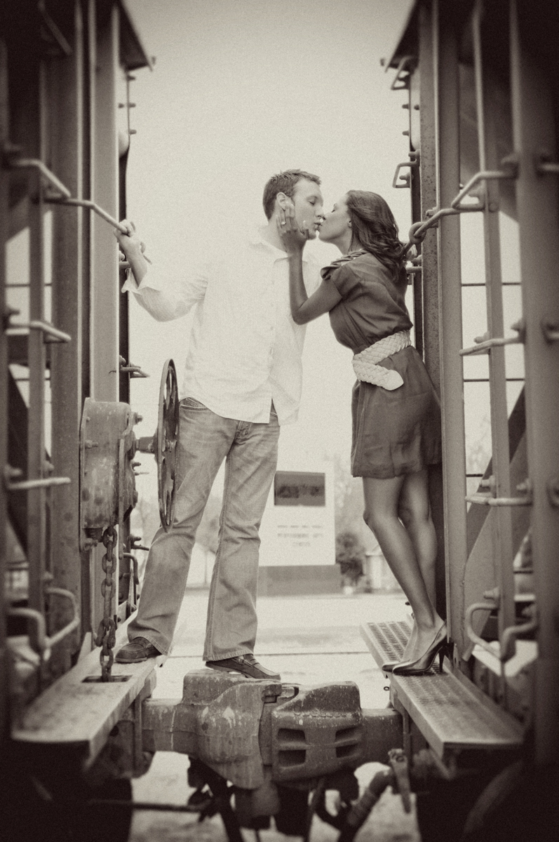 photographers in tulsa engagement portrait